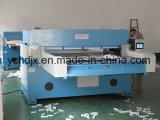 Las novedades venden al por mayor la máquina que corta con tintas de la espuma de la esponja de China