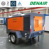 650 Cfm의 나사 공기 압축기의 뒤에 산업 디젤 엔진 휴대용 토우