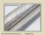 Pijp van het Roestvrij staal van SS304 63*1.2 mm de Uitlaat Geperforeerde