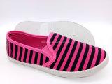 La mujer de lienzo de inyección Slip-on los zapatos de ocio Zapatos (FPY plana822-3)