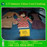 Winter verwendete Kleidung von der Korea-langen Strickjacke von Kanada