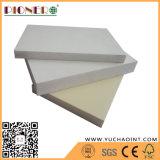 El gabinete usa WPC Celuka libre y espuma de PVC Foam Board