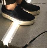 L'indicatore luminoso lineare esterno del LED, ha potuto levarsi in piedi fino a peso 3tons