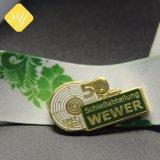 Distintivo su ordinazione di Pin del risvolto di anniversario di celebrazione di prezzi di fabbrica per il regalo del ricordo