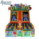 Игровой центр боулинг аркадной игры машины