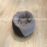 Enchendo a base pequena da casa do gato da base do cão da base do gato do projeto das bases do cão de animal de estimação