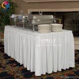 Unterschiedliche Farben-Fantasie-Hochzeit gekräuselte Tisch-Tuch-Tisch-Fußleiste