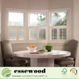 Plantation de café en bois de style de la fenêtre de l'obturateur