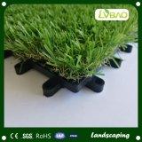 DIYによっては庭の使用の連結の草のタイルが家へ帰る