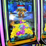 47 Zoll - hohe Profite und der Heiß-Verkauf der Robocop Säulengang-Spiel-Maschine kombiniert die Roboter, Gewehr-Schießen, die Emulation, die Münzen und die Lotterie-Teile drückt