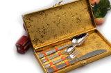 Образец самого лучшего сбывания свободно подгоняет комплект Cutlery нержавеющей стали 4PCS логоса