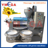 Formati differenti dell'olio di noce di cocco commestibile commerciale che fa macchina