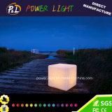 LEDの軽いPE材料IP65の不精な立方体の椅子