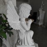 Het witte Marmeren Kleine Beeldhouwwerk van de Engel voor Begraafplaats