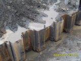 Pilas de hoja de Lassen que llenan las pilas de la esquina impermeables de Buliding
