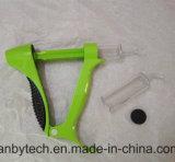 Части быстро прототипа пластмассы и металла подвергая механической обработке
