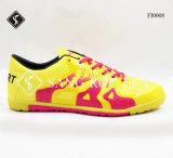 Caliente la venta de zapatillas Zapatos de fútbol con goma