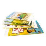 Livro de história de crianças com desenhos animados coloridos