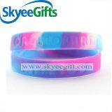 Wristband подгоняет дешево выгравированные браслеты силикона