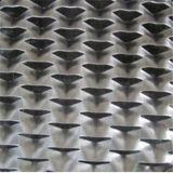 Maille augmentée en métal de différents trous