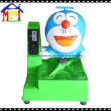 遊園地の電気子供の乗車のDoraemonの振動おもちゃ車