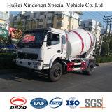 de Vrachtwagen van de Concrete Mixer Dongfeng van 5cbm met Motor Yuchai