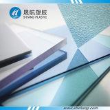 Feuille solide de PC en plastique de polycarbonate pour le toit de construction