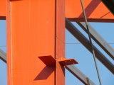 Vertente estrutural de aço pré-fabricada útil para o parque de estacionamento
