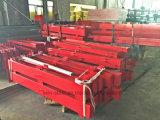 Cerca de la estructura de acero y carril de protector fuertes durables ensamblados del metal