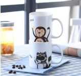 Taza de cerámica respetuosa del medio ambiente de la taza de café del diseño personal con la cuchara