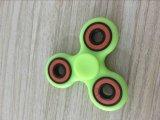 De tri-spinner friemelt Stuk speelgoed de Plastic EDC Spinner van de Hand voor Autisme en Adhd Torqbar