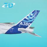 Aeroplano modelo grande de la resina del color A380 de la casa de Airbus