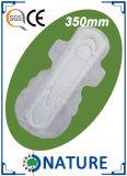 Almofada sanitária colorida respirável do conforto para a menina da escola