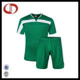 顧客用短い袖のフットボールジャージーおよびサッカージャージー