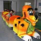 新しいデザインは無軌道の電気乗車ライトセンサー犬トレインをからかう