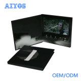 고객은 4.3 A4 A5 크기를 가진 인치 TFT LCD 비디오 카드 브로셔를 디자인했다