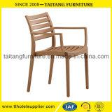 工場は直接多機能の有用なプラスチック椅子および表を提供する