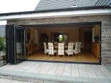 Serie portello di legno e di alluminio di 75 di piegatura con doppio vetro Tempered da Woodwin Guangdong