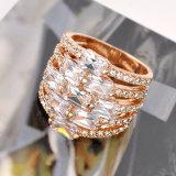 Diseño del anillo de dedo de la manera de la piedra preciosa del Zircon del claro de la joyería del oro
