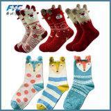 Nuovi 2017 calzini caldi del Babbo Natale del cotone dei regali di natale di inverno