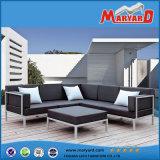 PUの革屋外の家具の現代白革の庭のソファー