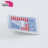 最上質の涼しい様式手の刺繍のバッジ