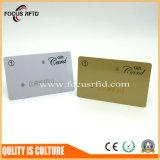 安い費用およびカスタマイズされたサイズの中国の金の製造者PVC忠誠のカード