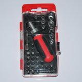1つのスクリュードライバーのBits&Scoketsの一定の工具セットに付き34