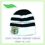 昇進の赤い刺繍の冬の帽子のニットの帽子