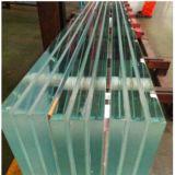 Limpar o vidro laminado endurecido termicamente