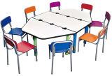Vector y silla populares del estudio de los cabritos de los muebles de los niños