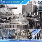Completar el llenado del vaso de agua pura tapado y etiquetado maquinaria