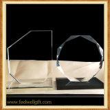 Trofeo transparente de encargo en blanco del vidrio cristalino