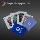 100% kundenspezifischer Spielkarte-Plastikschürhaken, der Schürhaken bekanntmacht